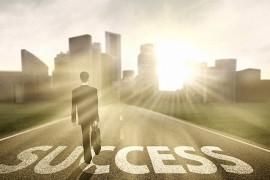 المفاتيح الاربعة لطريق النجاح والعظمة